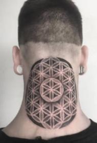 颈部和头部个性的点刺梵花纹身图案