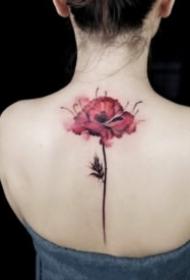 女生唯美的彩色花朵纹身图案