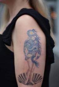 Eva Krbdk把梵高、克利姆特的作品变成纹身