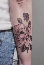 女生手臂文艺的纹身图案欣赏