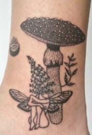 另类恶趣味的创意纹身图案