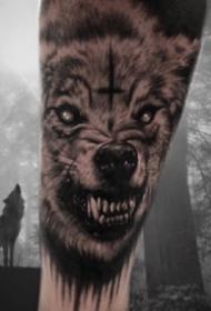 霸气威武的狼头纹身图案