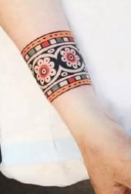 oldschool风格的手环纹身图案
