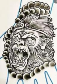 纹在手背上的般若纹身效果图片