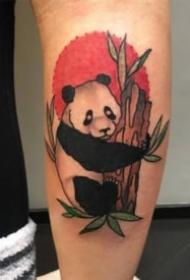 一组关于大熊猫的纹身图案