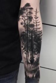 小臂上暗黑的树木森林纹身图案