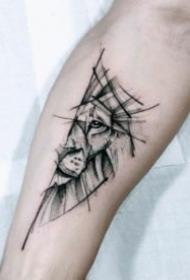 帅气的几何图形狮子纹身图案