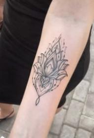 女生的漂亮的梵花纹身图案大全
