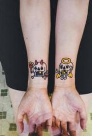 成对可爱的卡通情侣纹身图案