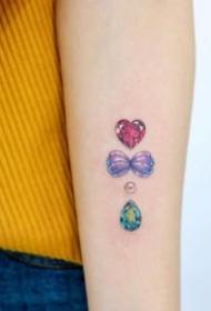 宝石纹身 9款极简小清新的简约钻石宝石纹身图案