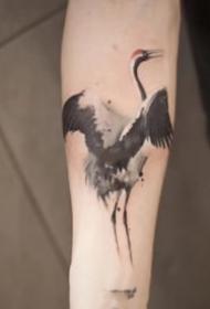 中国风水墨的仙鹤纹身图片