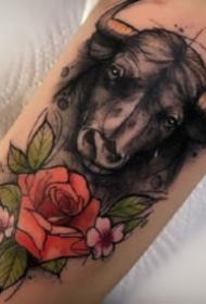 欧美泼墨风格的暗水彩动物纹身图案