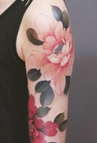 好看漂亮的传统牡丹花纹身图片