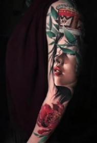 欧美炫彩风格逼真的写实纹身图片