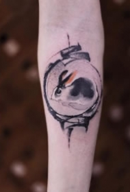 一组水墨风格的兔子纹身图片