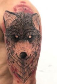 很好看的9张水墨风格设计感纹身图案
