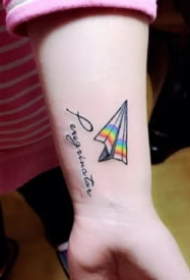 简约漂亮的手腕纹身小图片