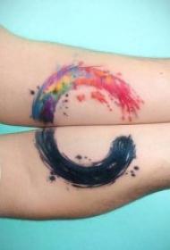 抽象风格的水彩对称纹身图案