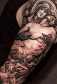 逼真的圣母怜子纹身图案