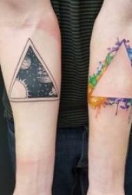 有创意的三角形纹身图案