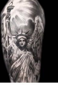 分享几款关于自由女神像的纹身图案