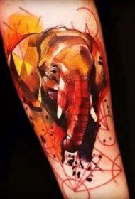 多种风格的小象纹身图案