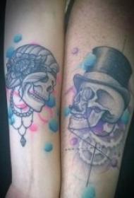 非常有创意的成对情侣纹身图案