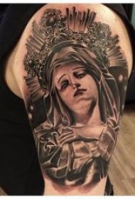 耶稣与圣母玛利亚和十字架宗教纹身图案