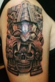 黑灰色的玛雅图腾纹身图案