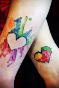10款漂亮简单的情侣纹身图案