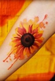 灿烂的向日葵彩绘纹身图案