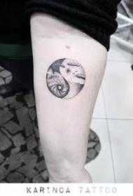 极具创意的八卦纹身图案精选