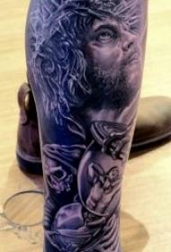 10张黑暗系十字架耶稣纹身图案