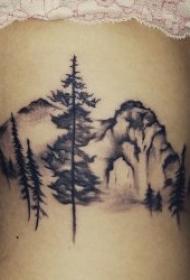 多个部位水墨风格的树的纹身图案