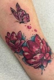 圣洁高贵的莲花纹身图案