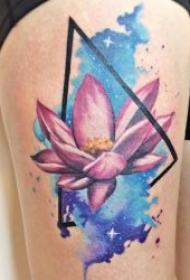 唯美的渐变水彩纹身图案