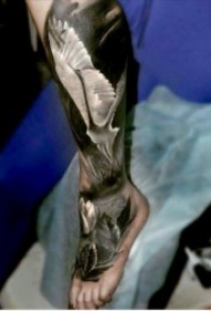 9张关于腿部的纹身图案