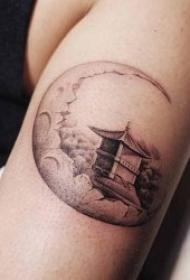 有个性的月亮主题纹身图案