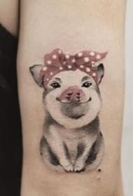 多款可爱的小猪纹身图案