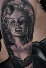 人物肖像素描写实纹身图案