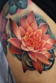 逼真写实的玫瑰花纹身图案