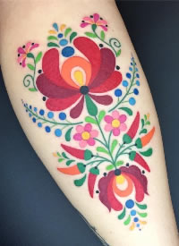 创意的彩绘插画手臂纹身图案