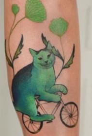蓝绿色创意的猫主题纹身图片