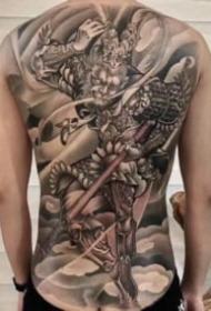 帅气的齐天大圣孙悟空大满背纹身图案