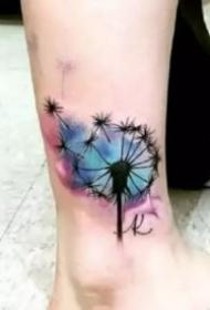 10张好看的蒲公英纹身图案