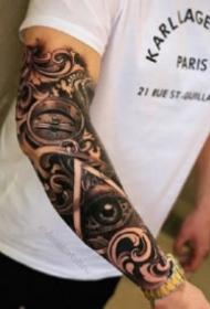 霸气的包臂写实指南罗盘纹身图案