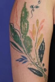 漂亮的蜡笔风格纹身图案