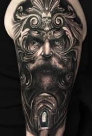 9款包大臂的黑灰写实纹身图案
