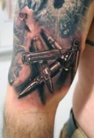 非常帅气枪械主题纹身图案