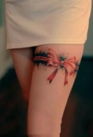 女士性感的蕾丝花边纹身图案大全